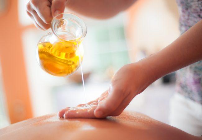 Ätherische Öle. Welches Öl ist gut für die Massage?