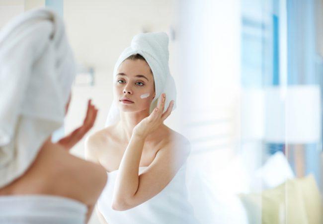 5 geniale Kosmetikprodukte, die von Bloggerinnen und Visagistinnen sehr beliebt sind