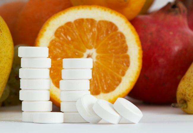 Vitamin C in der Hautpflege – Eigenschaften, Behandlungen und interessante Tatsachen