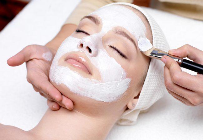 Was lässt Ihre Haut alt aussehen? Begehen Sie diese Fehler nicht