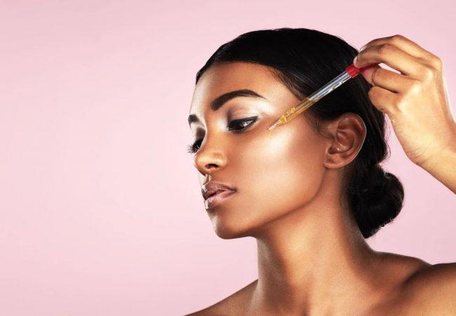 [TOP 7] Gesichtsserum mit Retinol – das beste Produkt, das Sie Ihrer Haut schenken können